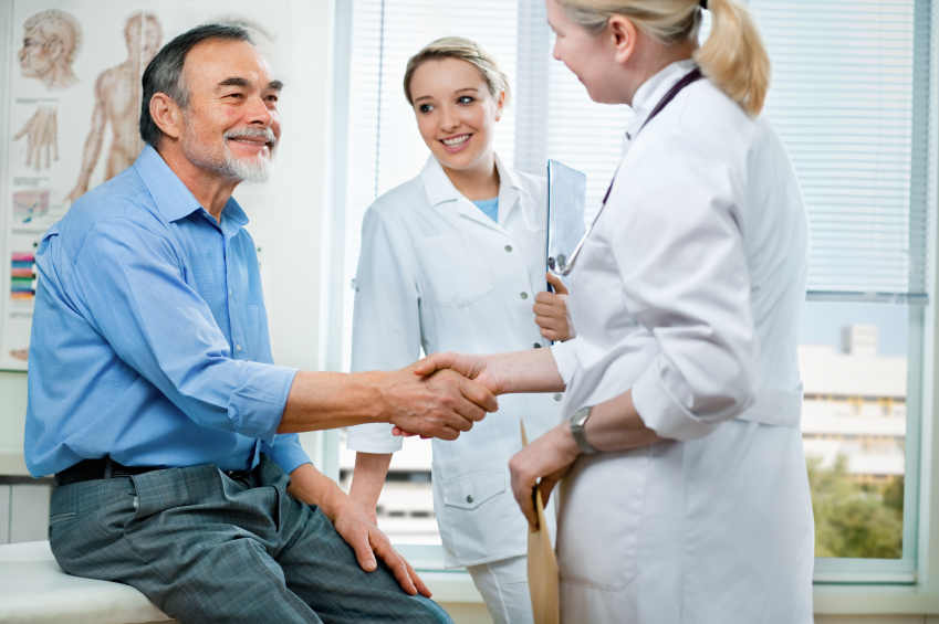 Фото медсестра и пациент